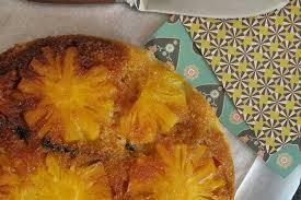 cuisiner l ananas recette de gâteau inversé et épicé à l ananas la recette