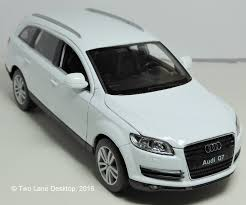 matchbox audi r8 two lane desktop welly 1 24 audi u0027s part 3 2005 audi q7 suv