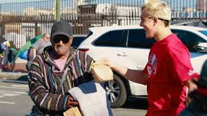 feeding the homeless on thanksgiving giving 500 thanksgiving meals to the homeless emotional youtube