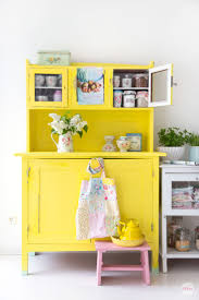 kitchen yellowhen bar stoolsyellowhens with white cabinets
