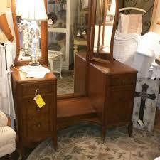 New Vanity Tea Leaf Cottage 11 Reviews Antiques 141 N Glassell St