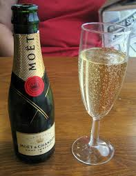 How Is Champagne Made Sparkling Wine Wikipedia