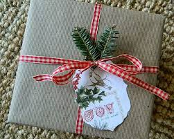 10 1 eco friendly simple and beautiful christmas gift wrapping