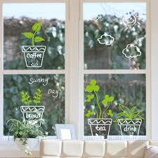 plante cuisine decoration cuisine fenêtre en verre salle de bains décoration plante en pot