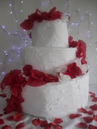 wedding cake pinata cinnamon toast crunch cake recipe cinnamon toast crunch
