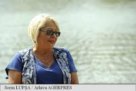 Cristina Autor En Ecortina Mirabela Dauer și Astăzi A Căzut Cortina Drum Bun Cristina