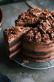easy dark chocolate cake with cream cheese extremely