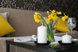 Wohnzimmerm El Vollholz ᐅ Naturholzmöbel Reinigen Pflegen U0026 Behandeln ᐅ Unsere Tipps