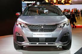 renault 7 seater suv all new peugeot 5008 is a 7 seater crossover in paris autoevolution