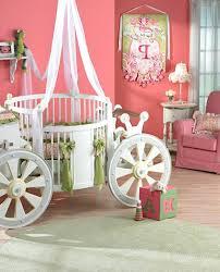déco originale chambre bébé decoration chambre bebe fille et gris 6 princesse deco idee