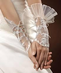 gant mariage gants et mitaines de mariage instant précieux