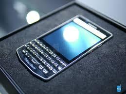 blackberry porsche design p u00279983 hands on image from blackberry