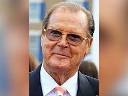 Roger Moore by James Bond Star Sir Roger Moore Dies At Age 89 Whnt Com