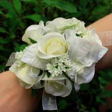 corsage flowers flowers boutonnieres corsages prom specialty kremp