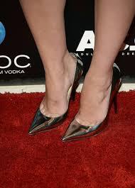 mary elizabeth winstead metallic color pointed toe pumps tacchi