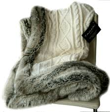 Fake Fur Blanket Amazon Com Tahari Luxury Cable Knit Throw With Faux Fur Trim