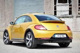 volkswagen beetle yellow volkswagen beetle u0027r line u0027 rev ie