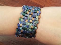 beaded elastic bracelet images Pretty quirky pants diy beaded stretch cuff bracelet jpg