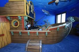 kinderzimmer pirat piraten kinderbett macht so viel spaß archzine net