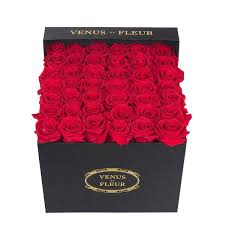 How Much Is A Dozen Roses The Collection Venus Et Fleur