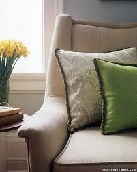 how to make a sofa slipcover 26 pillow projects that are cozy comfortable and easy to make