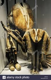 eskimo peoples inuit caribou hunting in spring and autumn it