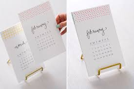 2018 easel desk calendar it s not too late to make our diy calligraphy calendar free