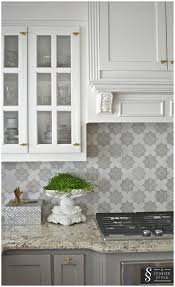 Kitchens With Backsplash Kitchen Design Backsplash For Grey Cabinets White And Gray