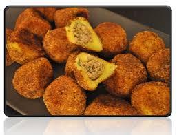 recette de cuisine a base de pomme de terre recette de boulette de pomme de terre à la viande hachée les