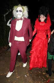 jonathan ross hosts annual halloween party daily star