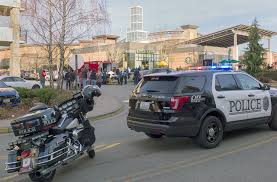 Map Of Alderwood Mall Alderwood Mall Stabbing Sends Man To Hospital Suspect In Custody