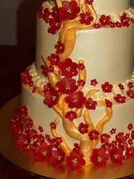 wedding cake gold vine and red blossoms cakecentral com
