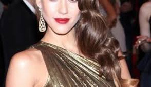 long hairstyles to compliment sagging jawline how to pick the right haircut for your face shape