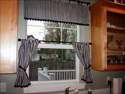 Country Style Kitchen Curtains by Kitchen Country Bathroom Design Country Bathroom Decor Modern