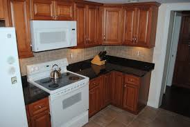 kitchen remodel ideas with maple cabinets maple cabinets brown granite tile backsplash vinyl