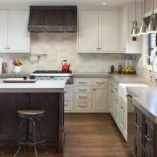 two tone kitchen cabinets two tone kitchen cabinets design ideas