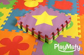 tapis de sol chambre moquette chambre enfant ides dcoration chambre enfant hello