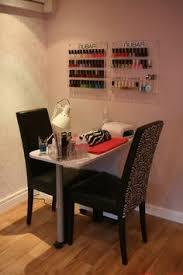 Small Space Salon Ideas - https i pinimg com 236x be 56 93 be56939c3189777