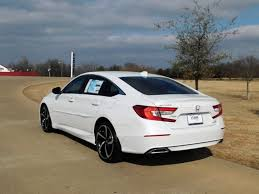 honda accord 2018 honda accord sport 2 0t sedan pricing vehicle details in