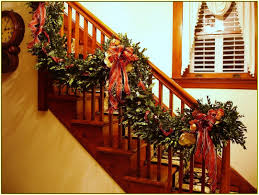 garland for stairs design decoration