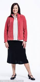 elderly woman clothes how choosing the right clothes can make you look 15 years younger