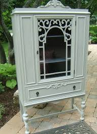 Small China Cabinet Hutch by Best 25 Antique China Cabinets Ideas On Pinterest Antique China