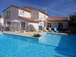 chambre d hote avec piscine chambre d hôtes 27 m2 moderne proche marais poitevin avec piscine