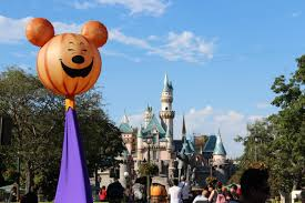 mickey s halloween party 2017 disneyland mickey u0027s halloween party dates for 2017 at disneyland