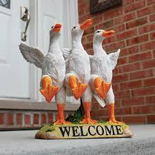 design toscano delightful ducks welcome garden statue
