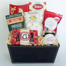 send gift basket celebration gift baskets send the best of the northwest hotel