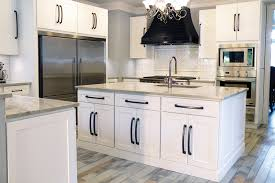 HERITAGE WHITE SHAKER Kitchen Cabinets Surplus Warehouse - Kitchen cabinets warehouse