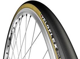 pneu vtt tubeless ou chambre à air pneu vélo route tubeless tubetype boyau avantages et inconvénients