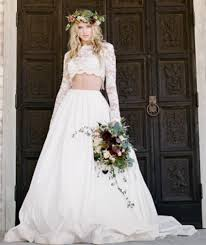 non traditional wedding dresses with sleeves 7 creative non traditional wedding dress alternatives mywedstyle com