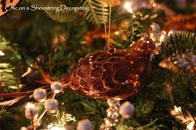 fancy christmas chic on a shoestring decorating my fancy christmas tree with a